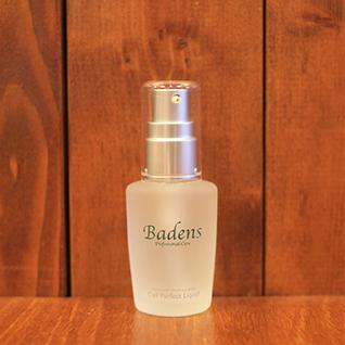 バーデンス セルパーフェクトリクイド30ml セルパーフェクトエッセンス(化粧水)の保湿成分レシチンポリマーをさらに濃縮させたモチモチ肌美容液。レシチンポリマーはヒアルロン酸の2倍の保湿力。化粧水だけでは足りない時、部分的に更なるケアをしたい時などにどうぞ。ディープクレンジングに並ぶ人気。